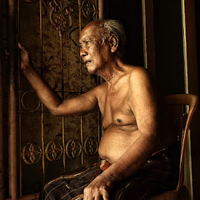 R i n d u by Bob  Matkodak - People Portraits of Men (  )