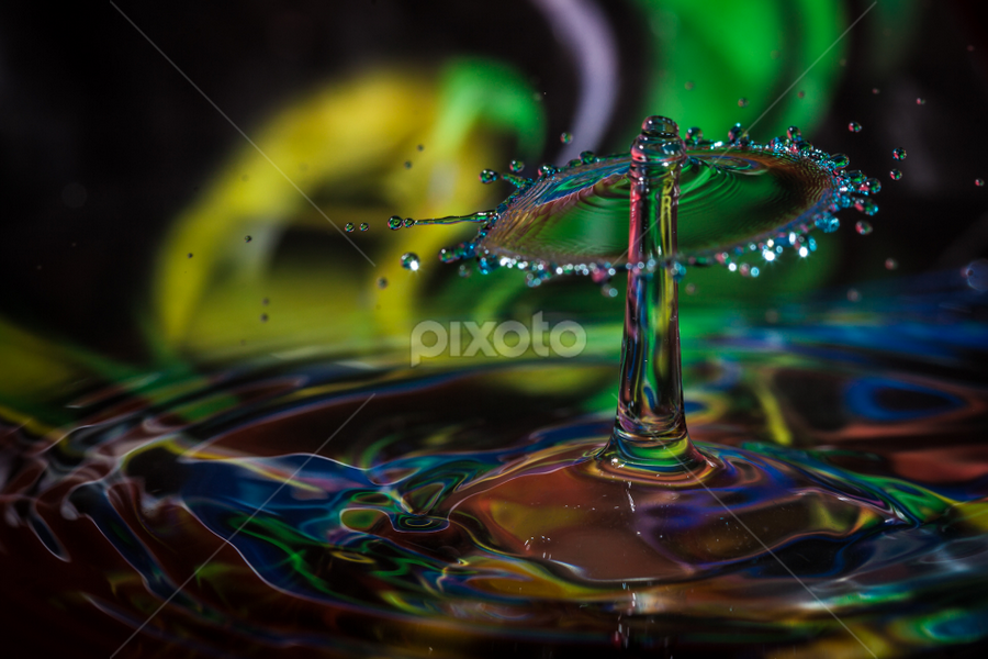 waterfun by Wim Moons - Abstract Water Drops & Splashes ( waterfun, color, abstrakt, splashes, high speed, waterdrops )