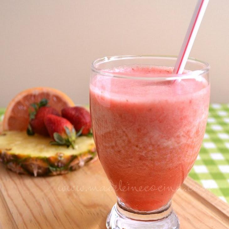Grapefruit, Strawberry, and Pineapple Juice Recipe