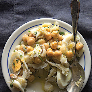 Salada de Bacalhau a Grão-de-bico (Salt Cod, Chickpea, and Egg Salad)