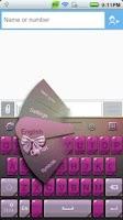 Screenshot of GO Keyboard Ladies theme