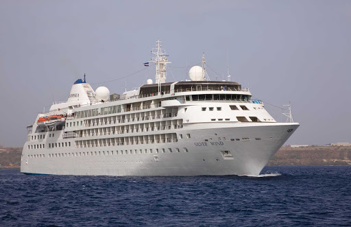 Silver_Wind_at_sea - Silver Wind: a luxury cruise ship that's spacious as a resort hotel yet inviting as your best pal's home.