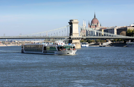 Take a romantic cruise to Budapest aboard the luxury river cruise ship AmaLyra.
