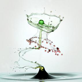 Water Dancing by Salahudin Damar Jaya - Abstract Water Drops & Splashes