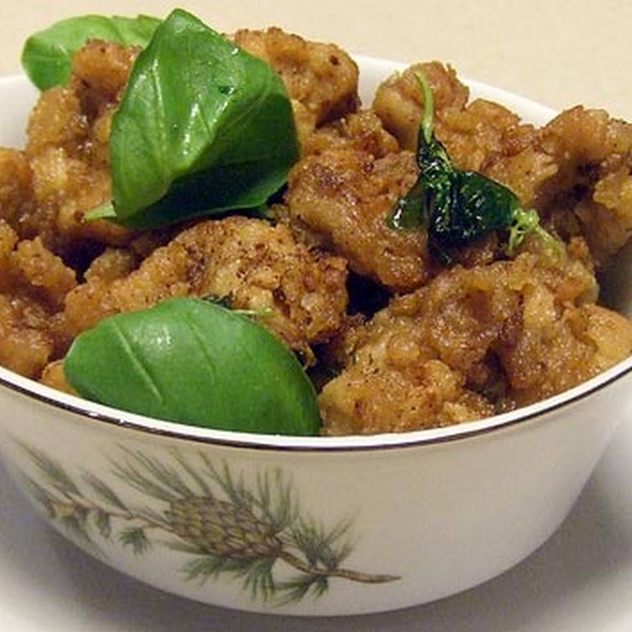 Taiwanese Salty Crispy Chicken 鹹酥雞, Night  spread around Street Food