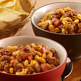 Slow Cookers Chili Beef 'n Pasta