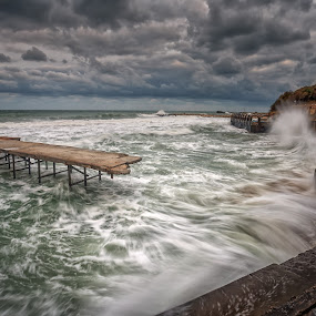 Stormy sea by Nikolay Stoilov - Landscapes Beaches ( clouds, water, wave, quay, sea, beach, storm )