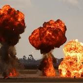 Big Explosions Live Wallpaper
