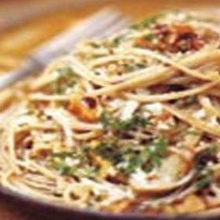 Fettuccine With Walnuts And Parsley.