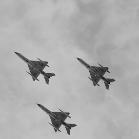 National Day  by Stefan Ungureanu - Transportation Airplanes ( bucharest, national day, airplane, romania, air show )