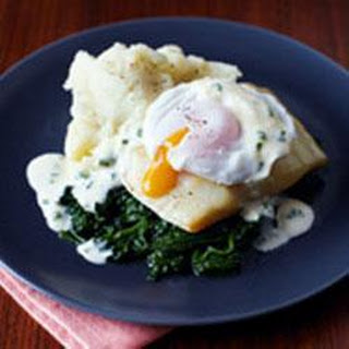 Smoked Haddock With Poached Eggs And Hollandaise.