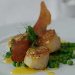 Scallops With Fennel And Peas.