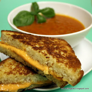 Thick and Rich Tomato Basil Soup