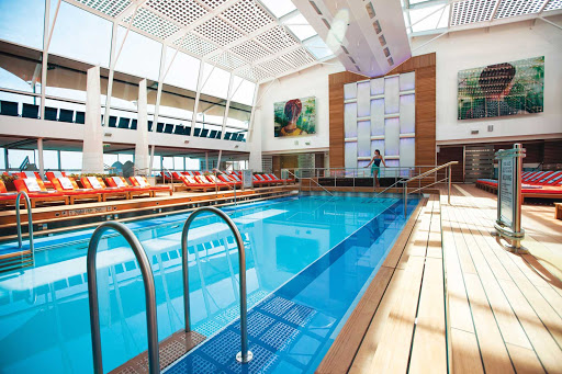 Celebrity_Silhouette_Solarium_2 - Celebrity Silhouette's Solarium is the ideal place to do a few laps before you head off sightseeing.