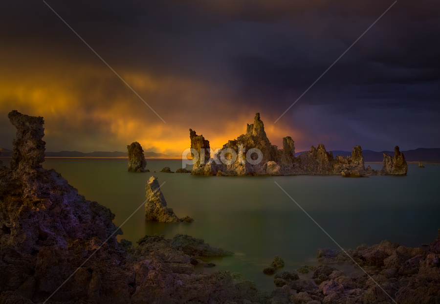 Light Cast by David Hellard - Landscapes Waterscapes ( sierras, mono lake, sunset, california, lake, tufas, light )