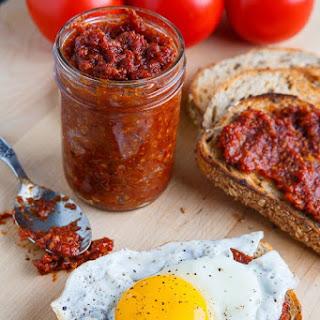 Slow Roasted Tomato Bacon Jam