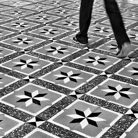 walk by Luhur Prasetyo - Black & White Street & Candid ( #street #streetphotography )