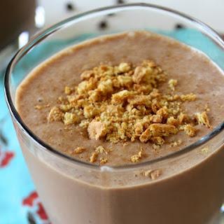 Peanut Butter & Chocolate Protein Milkshake.