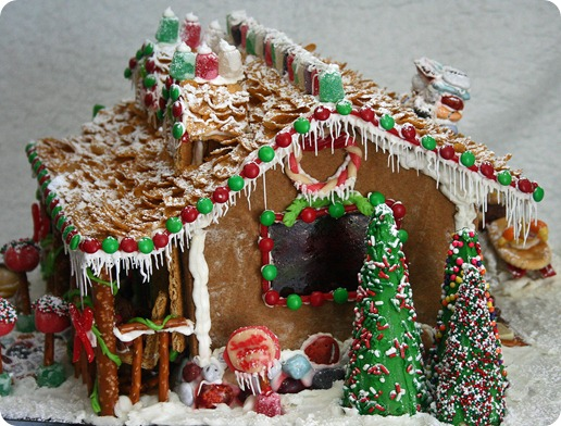 WB Gingerbread House