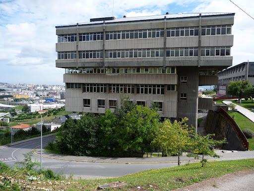 Rase una vez niels h abel y evariste galois escuela - Estudios de arquitectura coruna ...