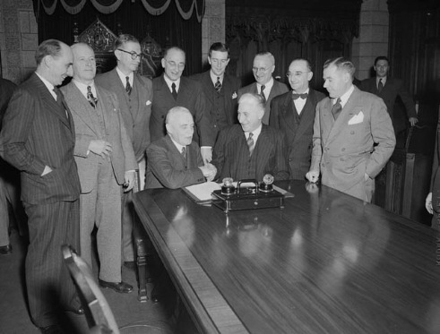 Closing the deal december 1948