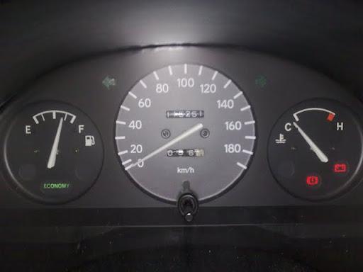 Ogromny P8] nie gasną kontrolki pod odpaleniu silnika RT68