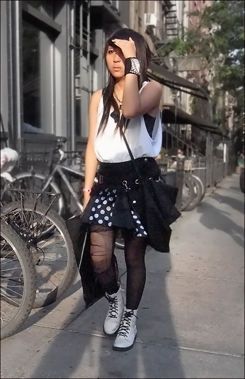 w punkie black and white polka dots white doc martins  2ol