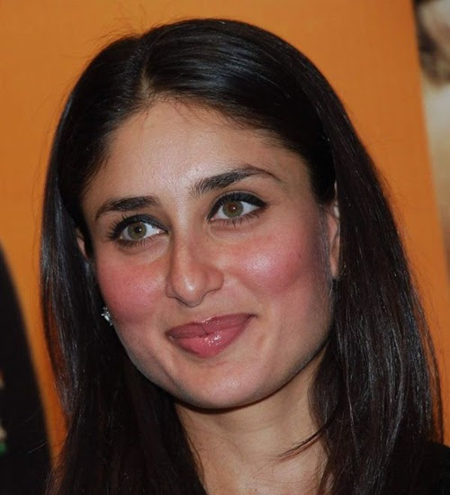 Wallpapersi18.Com: Kareena Kapoor Launch Magazine 3 Idiots
