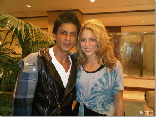 @iamsrk I was so happy to meet you too - you were so sweet, as were your adorable kids! Shak