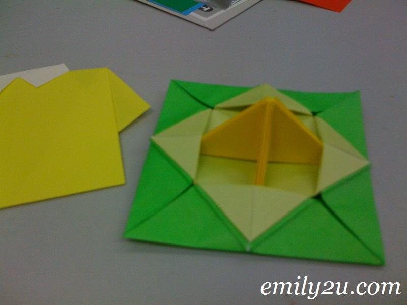 Origami sushi bar / Winter vacation in ontario   600x800