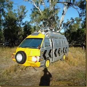 UFO Combi Van
