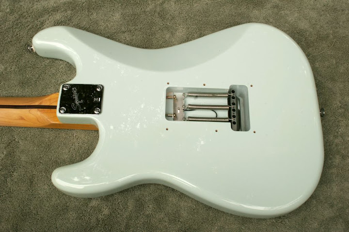 Fender Squier Deluxe Stratocaster Review