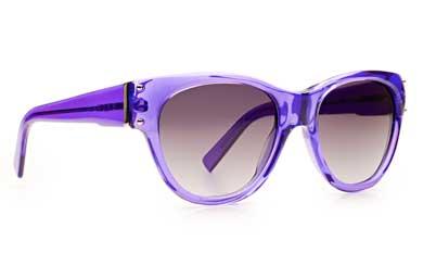 Um óculos completo como nenhum outro esse é o óculos Evoke Plays Louder.  Esse modelo é no mínimo o ... 5243d8c8e6
