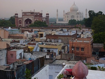 Taj city hopes for cleaner, greener 2011