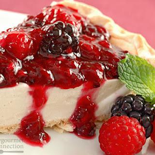 Berry-Topped Honey And Yogurt Pie
