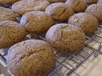 Eggless Almond Cookies (640x477)