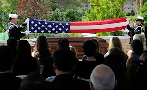 hundreds-attend-actor-tony-curtiss-funeral