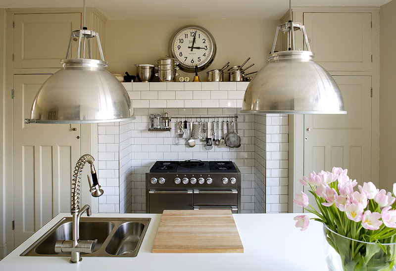 Simple And Clean Greige Kitchen Home Design Ideas