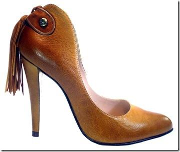6bac260c6f Opções não faltam: sapatilhas, oxfords com variações de salto, peep toes,  scarpins de bico fino, quadrado e redondo; sapatos com meia-pata embutida,  sapato ...
