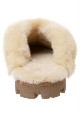 f1c1d99aedd COQUETTE UGG Australia - Slippers - Chestnut bomber jacket:Famous ...