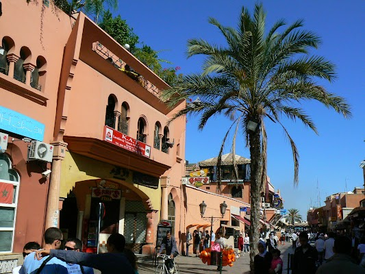Obiective turistice Maroc: strada pietonala Marrakech