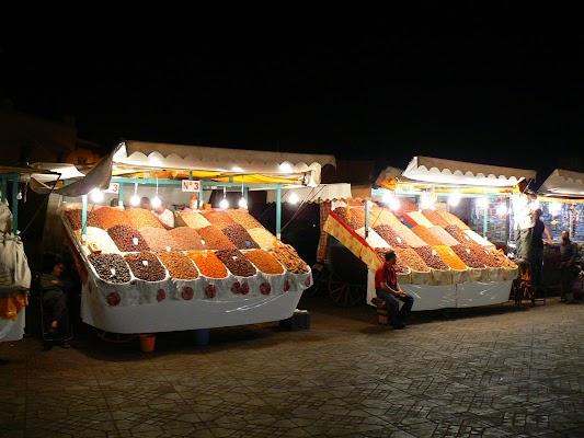 Obiective turistice Maroc: Jema el-Fnaa Marrakech - snacks.JPG