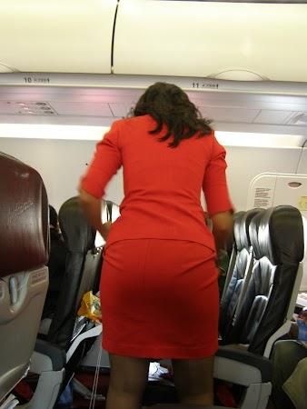 1. stewardeza Air Asia