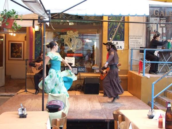 Obiective turistice Argentina: tango autentic in Caminito.JPG