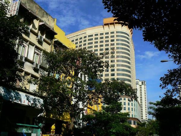 Cazare Malaezia: hotel Replica Inn Kuala Lumpur in vecini.JPG