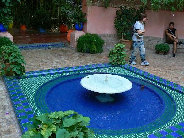 Obiective turistice Maroc: fantana Majorelle, Marrakech