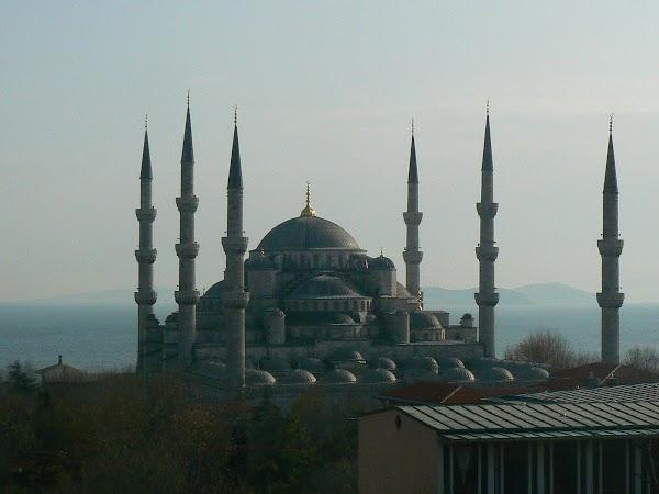 Obiective turistice Turcia: Moscheea Albastra Istanbul.JPG