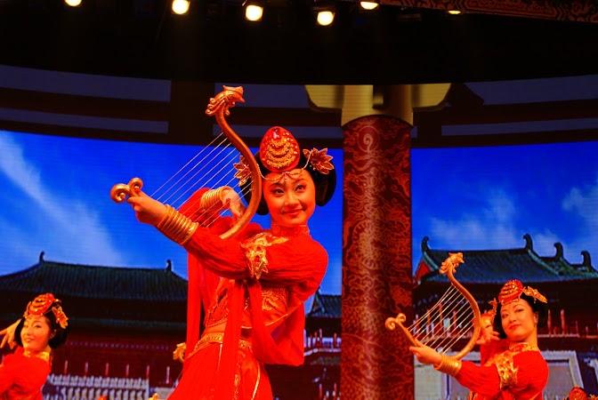 Obiective turistice China: spectacol dinastia Tang.JPG