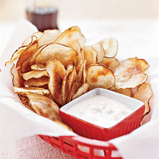 Potato Chips with Blue Cheese Dip