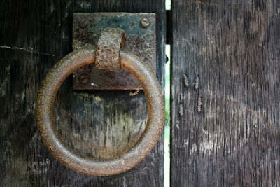 伦敦汉普斯特德花园郊区的门环